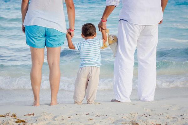 Est-ce que les Maldives peuvent convenir à un voyage en famille ?
