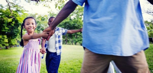 9 activités familiales simples et amusantes à faire en plein air